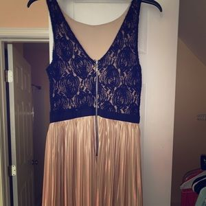 Sleeveless Cocktail /party Dress Black Lace Top